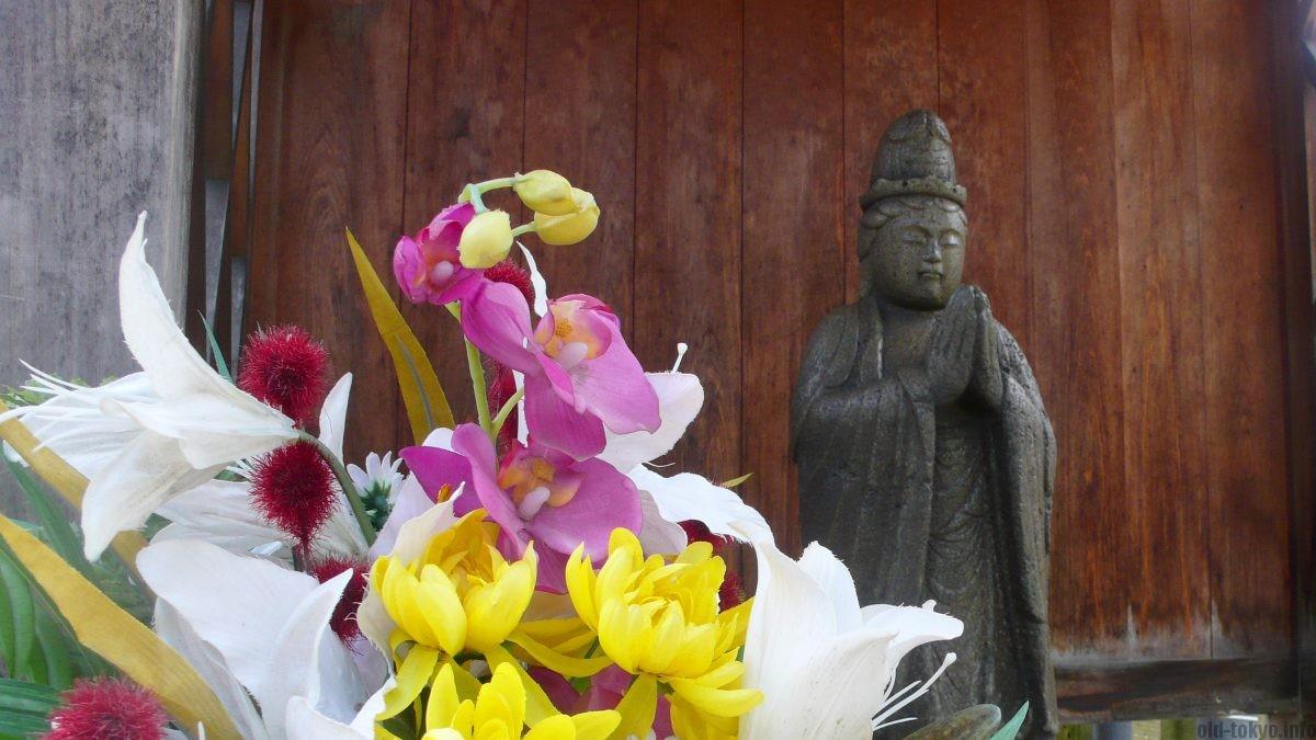 flower-statue